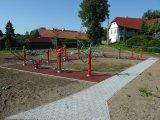 """2012 - Dotace """"Hriště a posilovna pro děti a mládež v Meziříčí"""""""